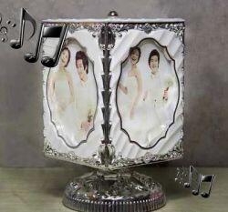 Müzikli Dönen Küp Çerçeve (beyaz/gümüş)